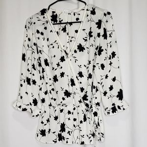 SIENNA SKY White & Black floral blouse, Large